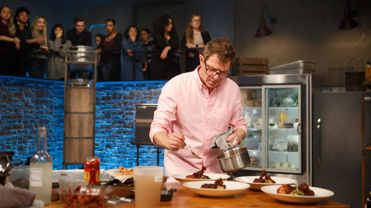 Scott Conant and actress Jane Seymour team up to make Bobby Flay sweat.