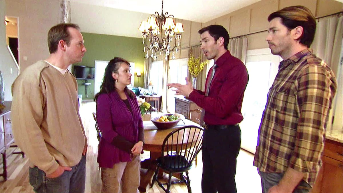Jonathan and Drew Scott have a challenge with the clients' expectations.